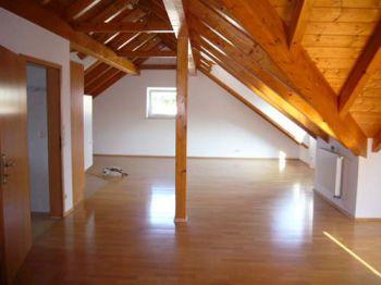Dachgeschosswohnung in Erlangen  - Alterlangen