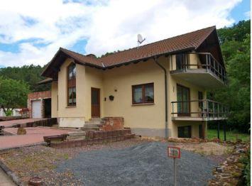 Zweifamilienhaus in Edertal  - Hemfurth-Edersee