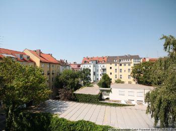Dachgeschosswohnung in München  - Maxvorstadt