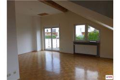 Dachgeschosswohnung in Partenheim