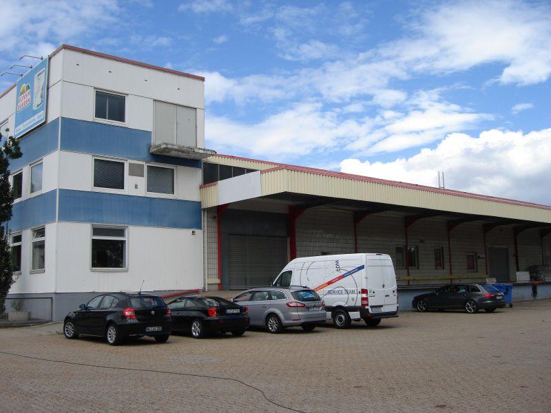 Halle 1 100 2 200 m� Rampenh�he - Gewerbeimmobilie mieten - Bild 1