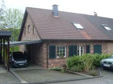 Doppelhaushälfte in Kürten  - Miebach
