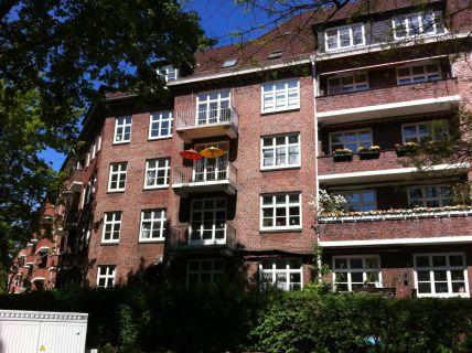 Charmante Dachgeschosswohnung in Eppendorf