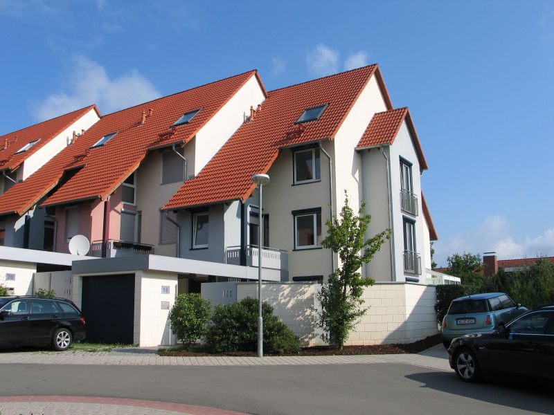 attached end house modern bright and spacious - Haus mieten - Bild 1