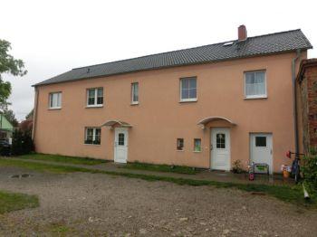 Mehrfamilienhaus in Briesen  - Biegen