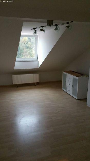 Dachgeschosswohnung in Waldkraiburg  - Waldkraiburg