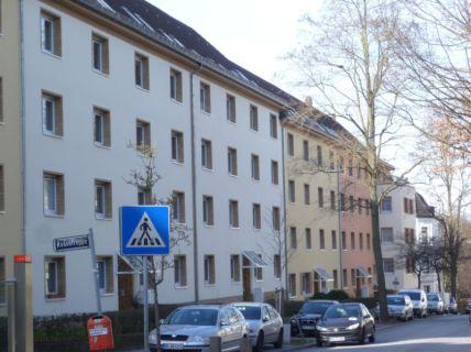 Wohnung mit Balkon und Tageslichtbad