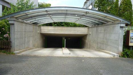 Tiefgaragenstellplatz in Wiesbaden  - Dotzheim