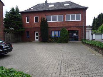 Maisonette in Mönchengladbach  - Giesenkirchen