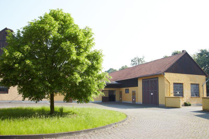 Repr�sentative Reitanlage Rietberg Schlossstrae - Grundst�ck mieten - Bild 1