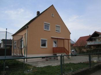 Zweifamilienhaus in Regenstauf  - Diesenbach