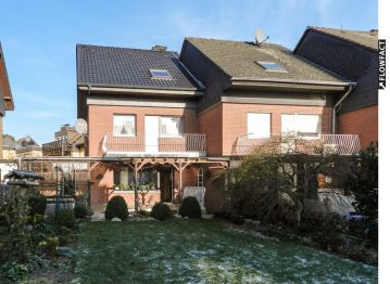 Reiheneckhaus in Grevenbroich  - Elsen