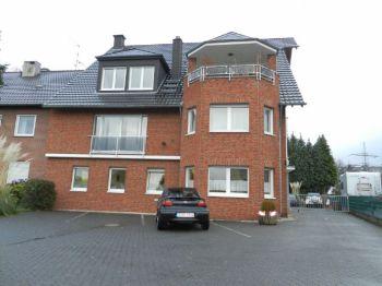 Dachgeschosswohnung in Köln  - Eil