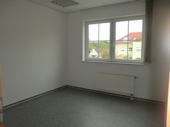 Bürofläche in Braunsbedra