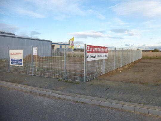 Eingez�untes Gewerbeareal Abstellplatz verpachten - Grundst�ck mieten - Bild 1