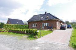 Mehrfamilienhaus in Stade  - Bützfleth
