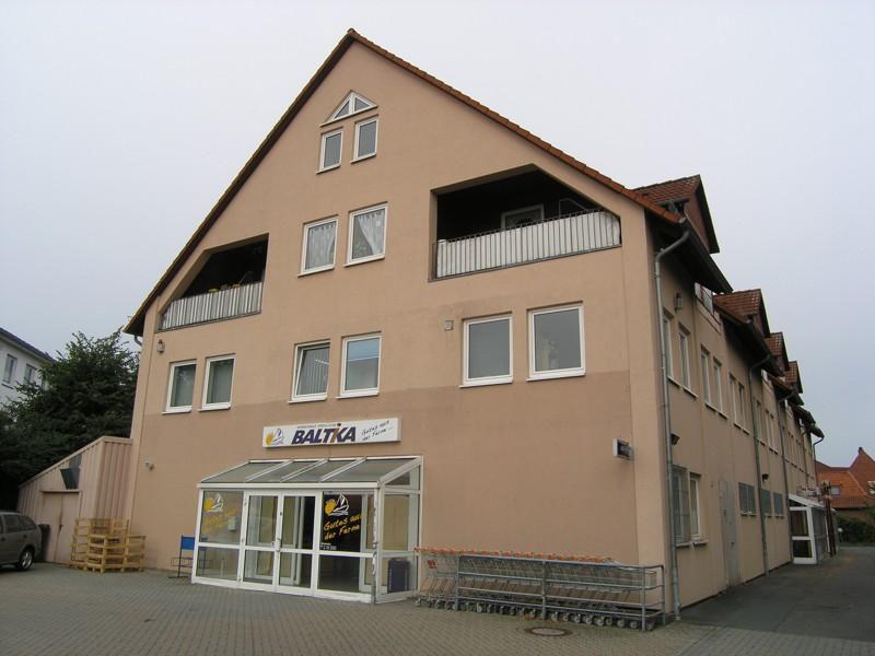 Gro�e verkehrsg�nstig gelegene Gewerbefl�che Nienburg - Gewerbeimmobilie mieten - Bild 1