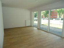 Erdgeschosswohnung in Köln  - Stammheim