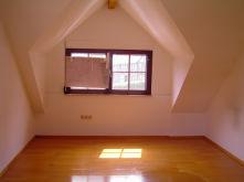 Dachgeschosswohnung in Langenselbold