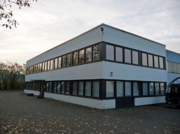 Büro- und Lagergebäude in Hamburg  - Farmsen-Berne