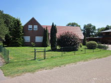 Zweifamilienhaus in Westoverledingen  - Steenfelde