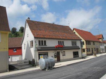 Zweifamilienhaus in Albstadt  - Onstmettingen