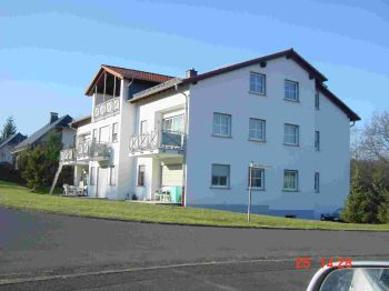 Mehrfamilienhaus in Sinn  - Edingen