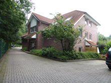 Dachgeschosswohnung in Stade  - Haddorf