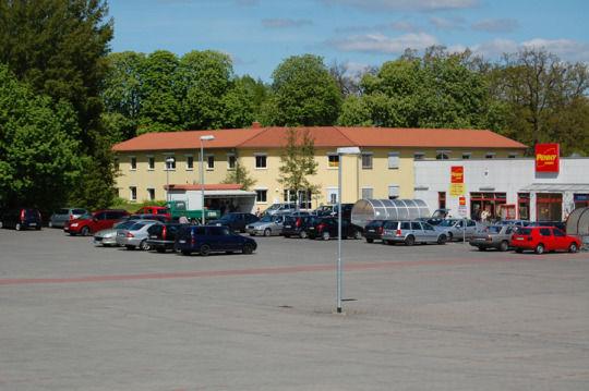 Hell freundlich barrierefrei Mietfl�che B�rogeb�ude Einkaufszentrums Gransee - Gewerbeimmobilie mieten - Bild 1