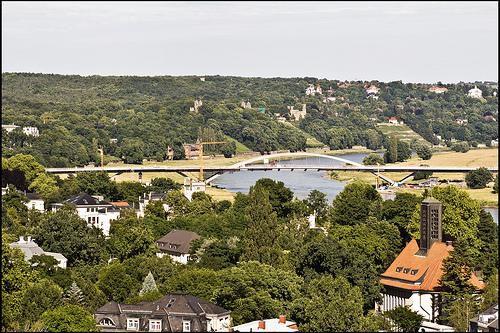 Sagen Sie Ihrer alten Wohnung au revoir Blick D�cher Dresdens - Wohnung mieten - Bild 1