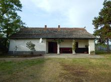 Landhaus in Akasztó