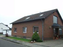 Dachgeschosswohnung in Erftstadt  - Erp