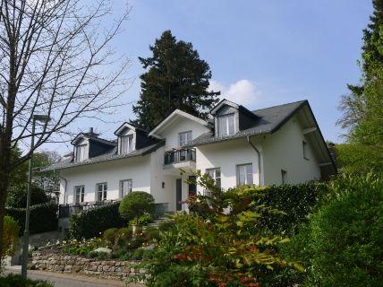 Neuer, attraktiver Preis! Sehr schönes Wohnhaus in einer der besten Villenlagen...