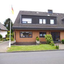Zweifamilienhaus in Rommerskirchen  - Butzheim