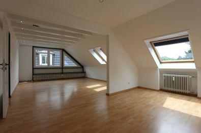 Dachgeschosswohnung in Hilden