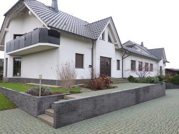 Mehrfamilienhaus in Schkeuditz  - Dölzig