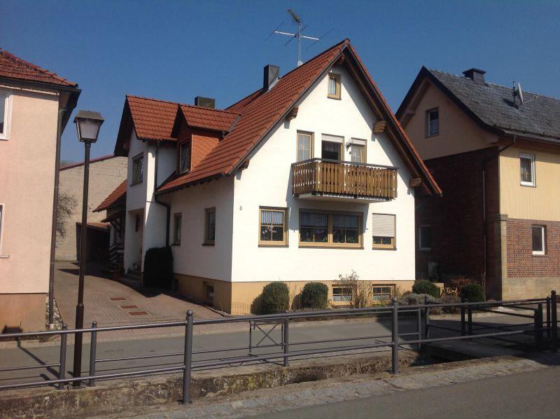 Gem�tliche Doppelhaush�lfte OT Bad Staffelstein - Haus mieten - Bild 1