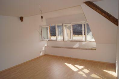 Dachgeschosswohnung in Eppingen  - Elsenz