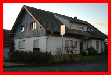 Zweifamilienhaus in Marienmünster  - Vörden