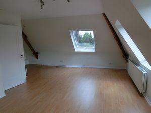 ***THEO BÜSCHER IMMOBILIEN*** 2-Zimmer-Dachgeschoss-Wohnung in zentraler...