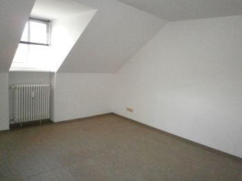 Dachgeschosswohnung in Homburg  - Erbach
