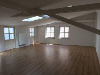 Dachgeschosswohnung in Straubing  - Straubing