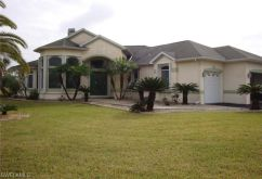 Villa in 							Lehigh Acres