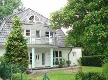 Villa in Bremen  - Oberneuland