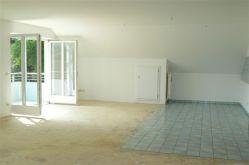 Dachgeschosswohnung in Laufen  - Laufen