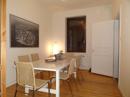 Gemütliche 3 Zimmer Altbauwohnung – im schönen Göhlbachtal
