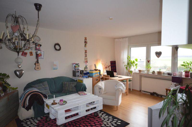 reserviert Sehr sch�ne gem�tliche helle Wohnung Balkon Stellplatz - Wohnung mieten - Bild 1