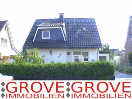 1 Familienhaus mit Garage 23564 Lübeck - Eichholz