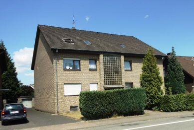 Dachgeschosswohnung in Schloß Holte-Stukenbrock  - Schloß Holte