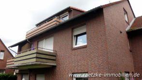 Dachgeschosswohnung in Varel  - Varel